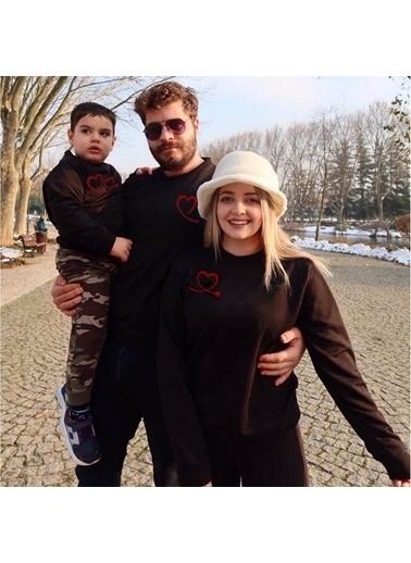 Quzucuk Kids Anne , Baba Veya Çocuk Sweatshirt #Tek Bir Ürün İçin Geçerlidir# Siyah